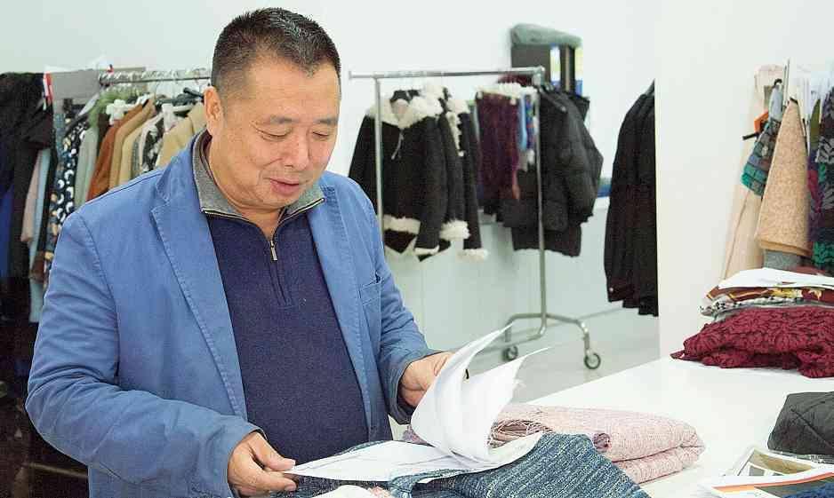Immagine per la news Xu Qiulin, il riformista a capo dei cinesi di Prato «Basta morire di lavoro»